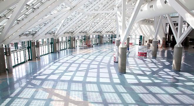 Lobbies/Escalators
